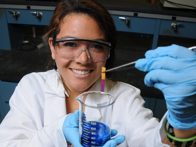 Chemical Engineering graduate completing research