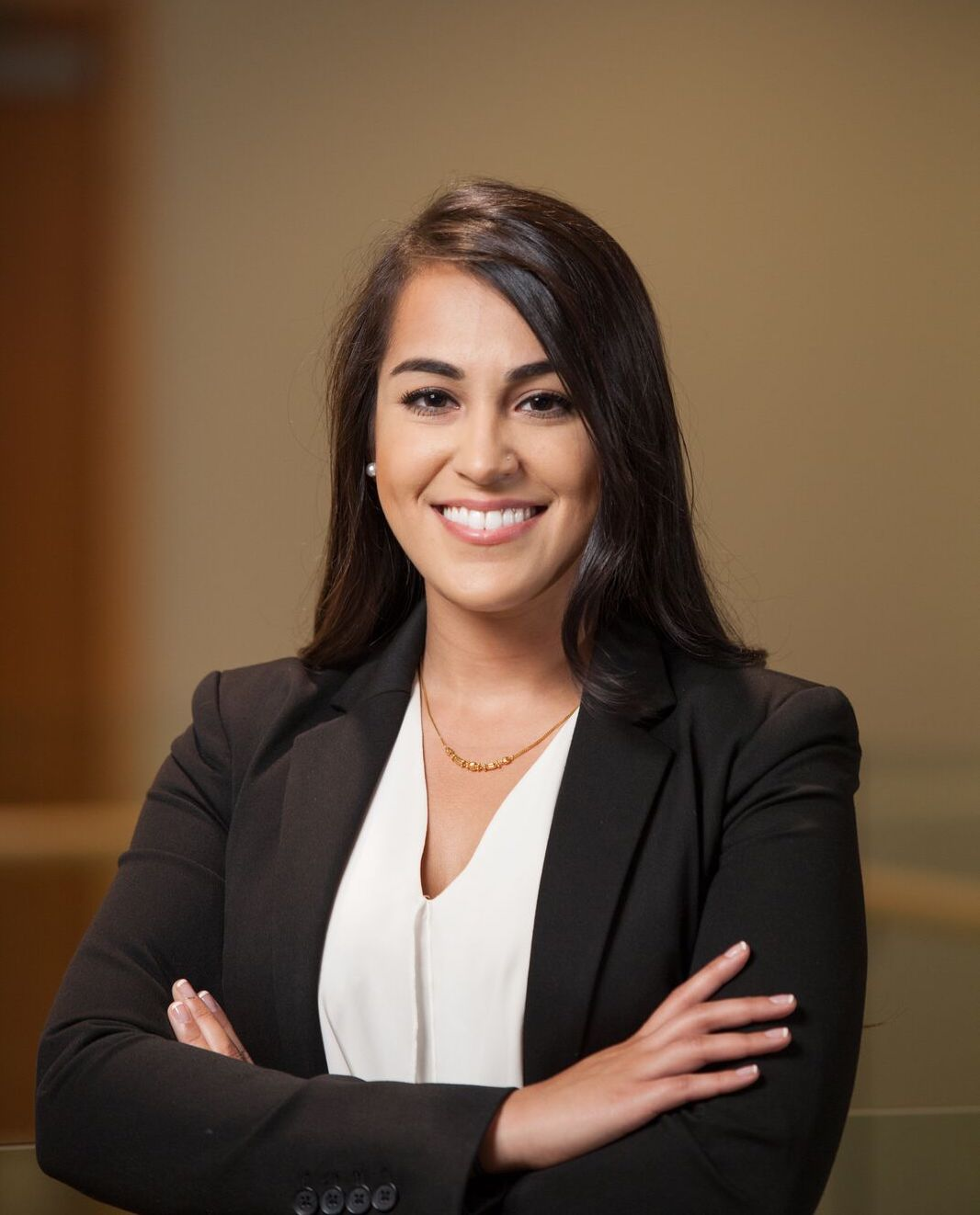 Alisha Ahmed '17 healthcare mba headshot