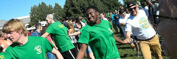 Clarkson undergraduate students participate in an Orientation activity