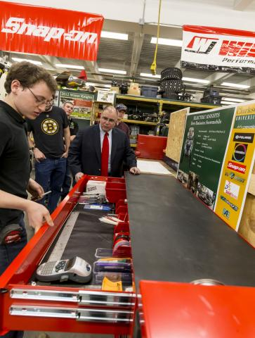 Snap-on Tools recently provided a generous in-kind gift to Clarkson University's Student Projects for Engineering Experience and Design (SPEED) program. Tom Kassouf '74, Clarkson University trustee and president of Snap-On Tools, toured the SPEED labs, met with students, and shared his career experiences.