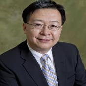 Photo of Dennis Yu
